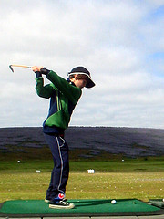 kid-at-golf-range
